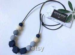 Wood grain line Designed according to minimalist schools Minimalist The wooden bead chain pattern gives a trendy look