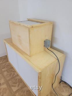 laminar flow hood 2'x4' or 2x2' with hepa filter 99.97 efficiency